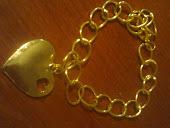 pulseira dourada c lindo coraçao
