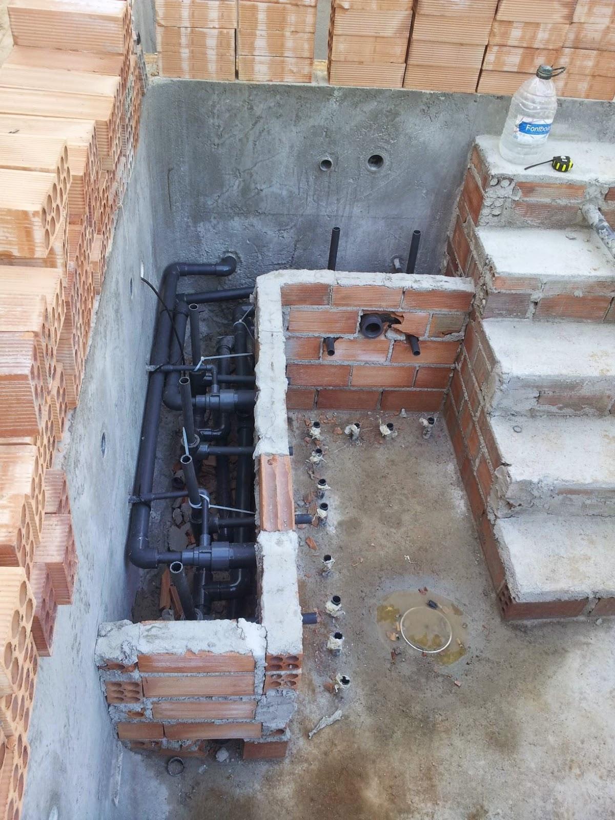 Construcci n reparacion y mantenimientos de piscinas for Medidas de jacuzzi para 4 personas