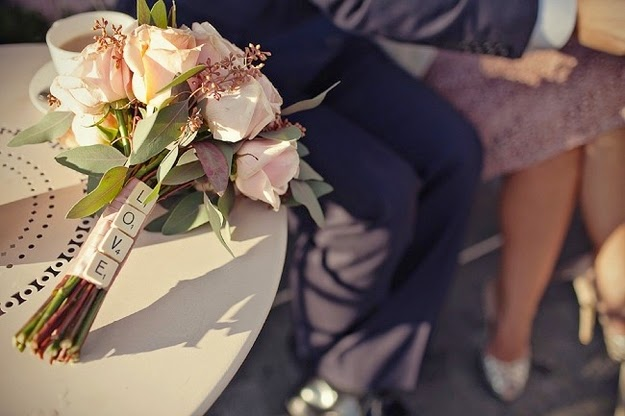 http://www.buzzfeed.com/alannaokun/cute-and-quirky-wedding-bouquet-ideas#.ou9ry9DBG