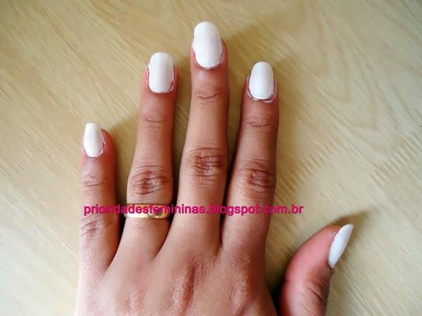 esmalte branco, nail art