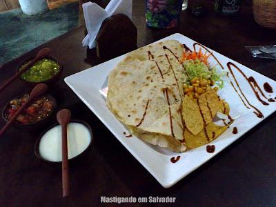 Me Gusta Sabor Mexicano: Quesadilla de Frango Defumado