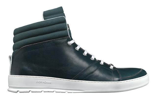 Las zapatillas para llevar con traje y smoking de Dior Homme