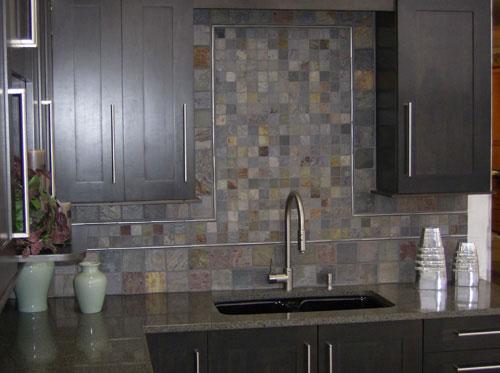styling home slate stone kitchen backsplash