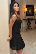 Geethanjali sizzling photos gallery-thumbnail-9