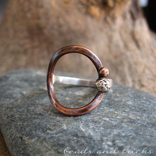 Anello in argento e rame realizzato a mano