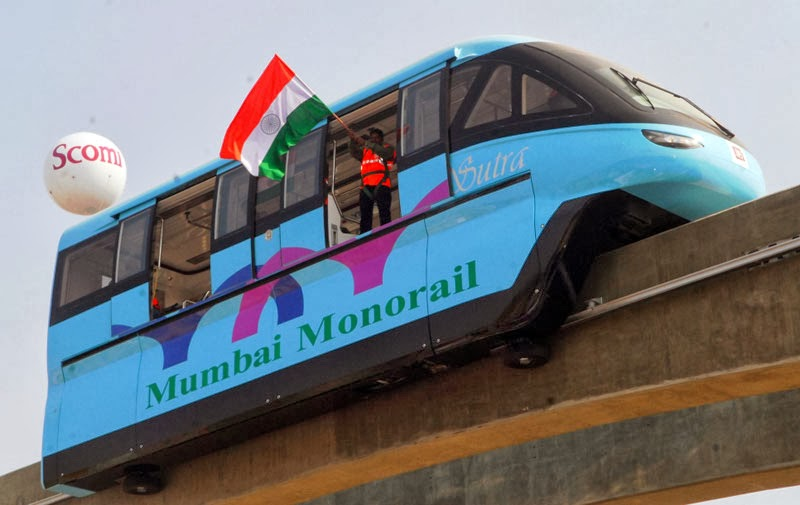 India's first #Monorail in Mumbai inaugurated by CM Prithviraj Chavan started on today (Saturday - 01 Feb 2014) #Vikrmn author 10 Alone CA Vikram Verma