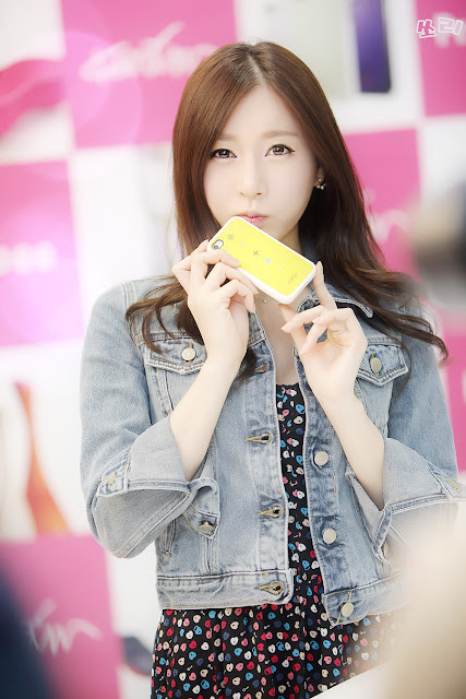 4 Han Ji Eun for Spigen SGP-very cute asian girl-girlcute4u.blogspot.com