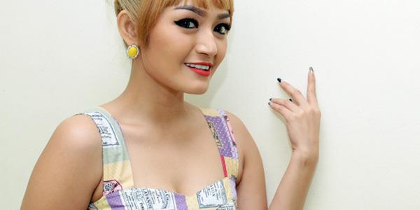 Siti Badriah Berbicara Mengenai Artis Yang Memiliki Inisial Sb