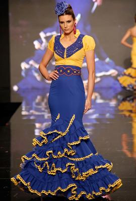 trajes de flamenca Adrián González
