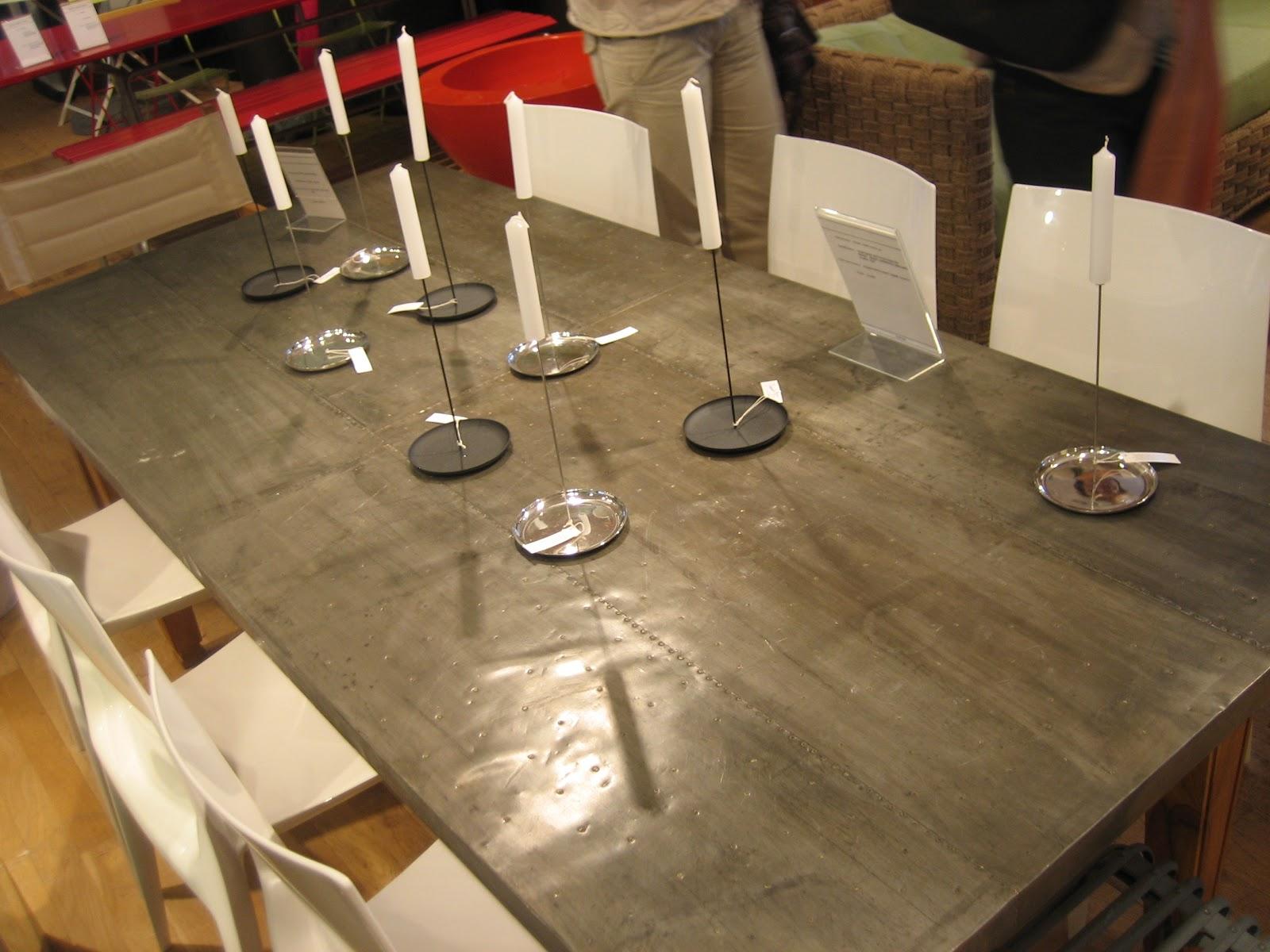 Tavoli In Legno Grezzo Da Giardino : Tavoli in legno grezzo da ...