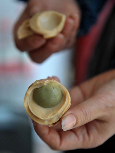 ovos cozidos na urina na china