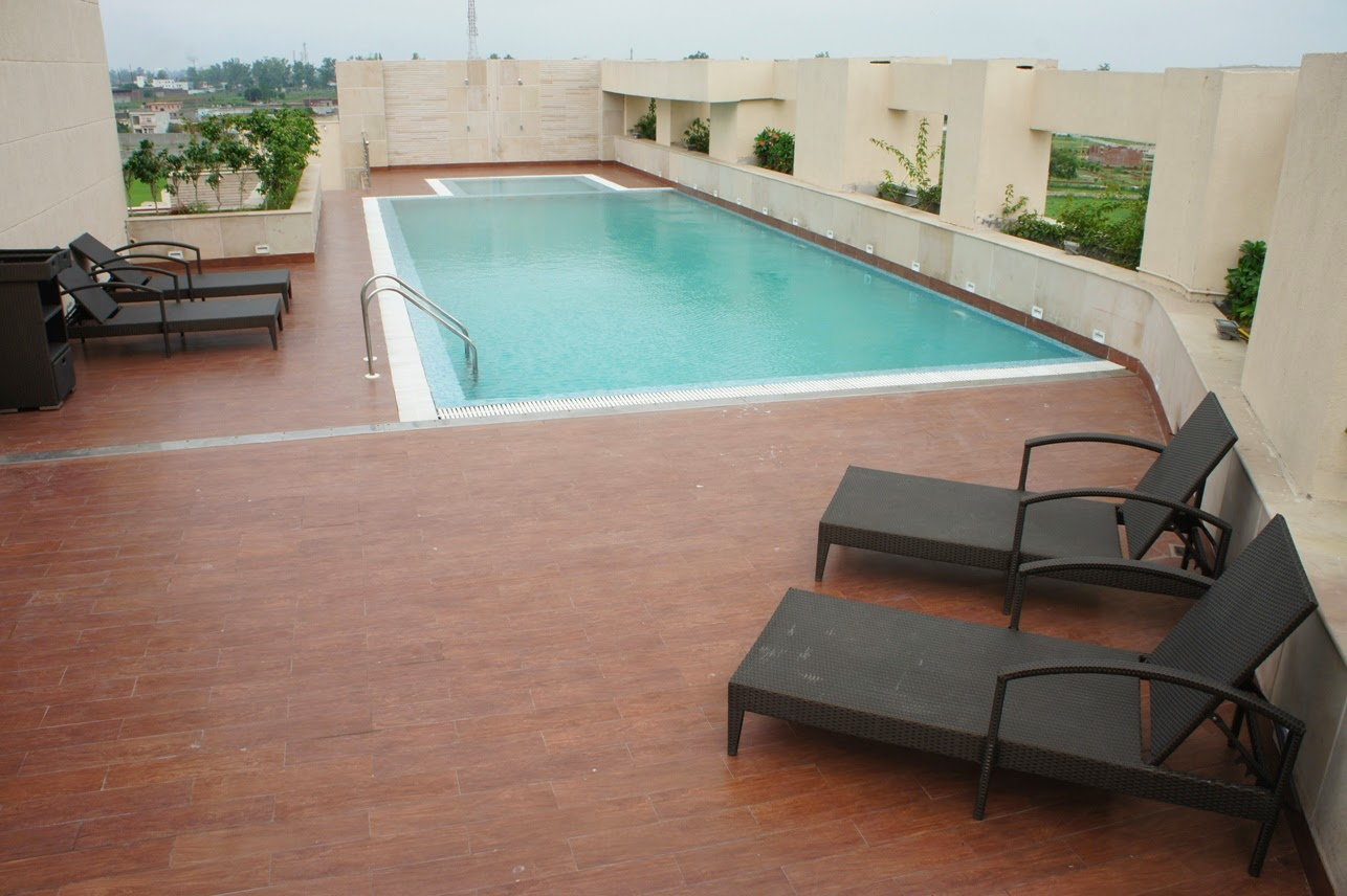 Swimming Pool In Meerut