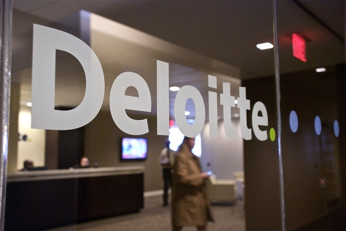 how to get an internship at deloitte