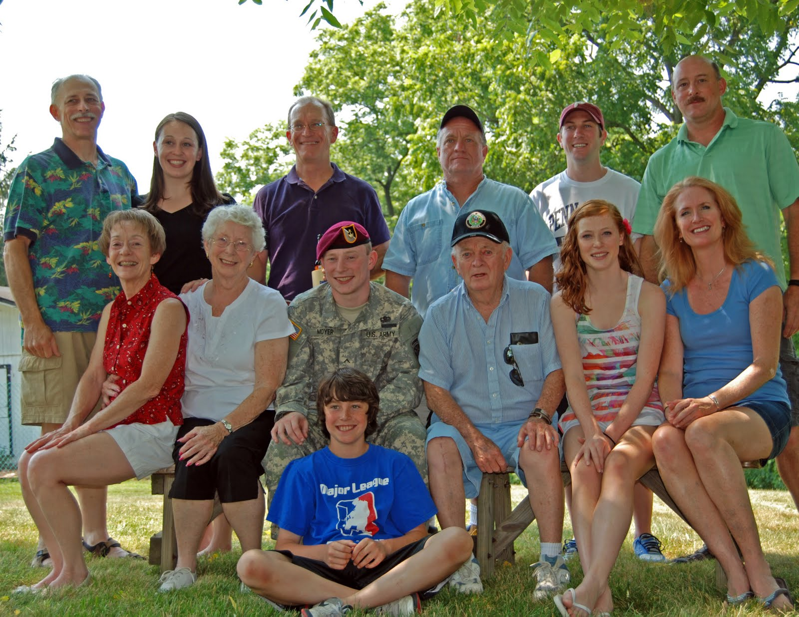 Family Picnic, Family Photo, Soldier Family, Family Portrait