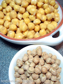dried-and-soaked-chickpea