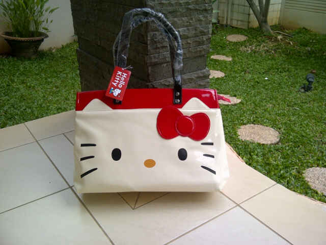 tas travel hello kitty apple tas bekal hello kitty tahan panas tas ...