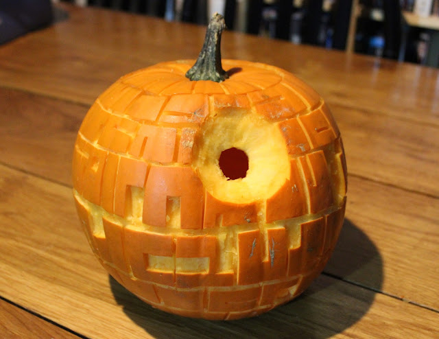 Pumpkin carving - Death Star - finished unlit