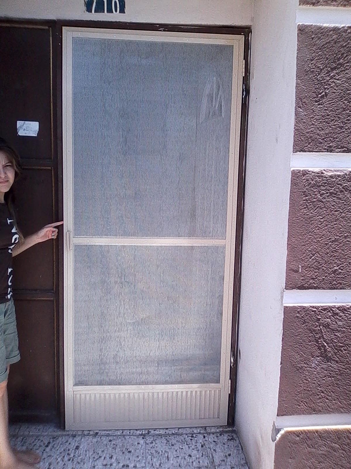 Puertas ventanas de aluminio mosquiteras de aluminio for Puerta mosquitera