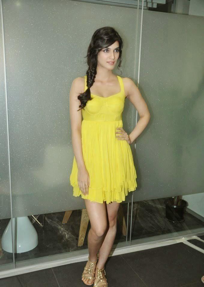 Kriti Sanon Exposing her Sexy size-zero figure hot sexy pics hot underwear pics of kriti sanon hd pics