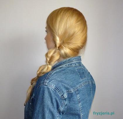 Lekka fryzura na włosach długich - zdjęcie
