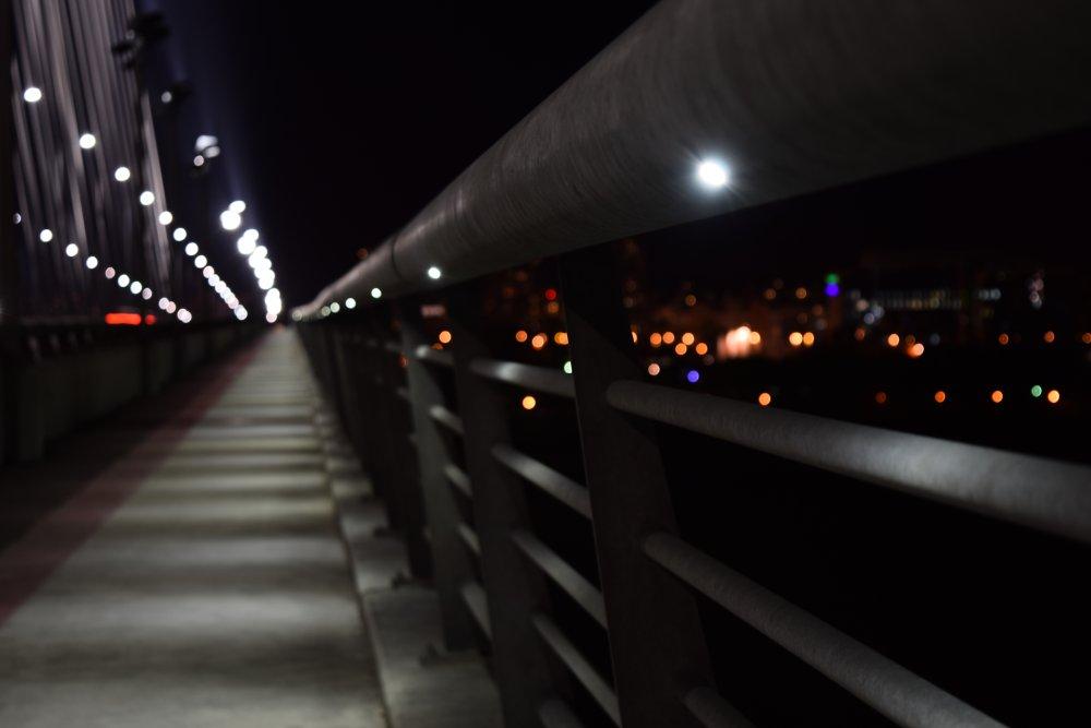 Led diode na mostu