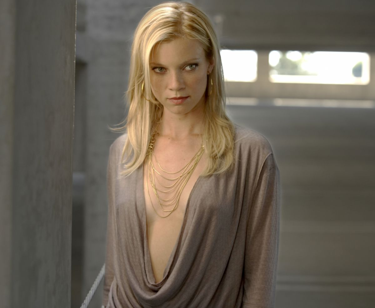 amy-smart-nipples-starr-pussy-muter