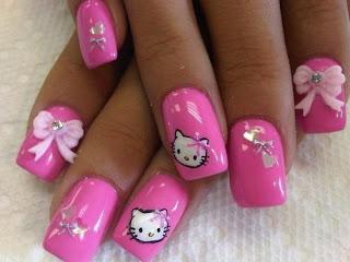 Lakiranje-noktiju-elegantni-pink-nokti-slike-003