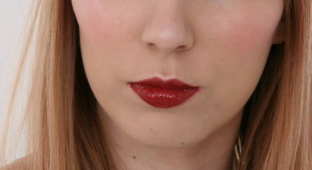 lancome-laque-fever-cherry