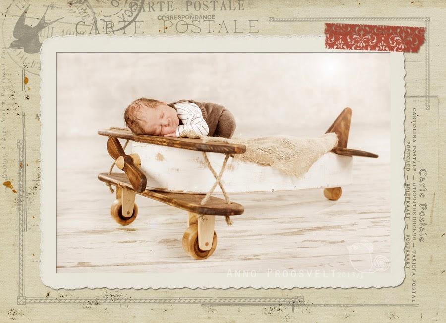 vintage-postcard-newborn-airplane