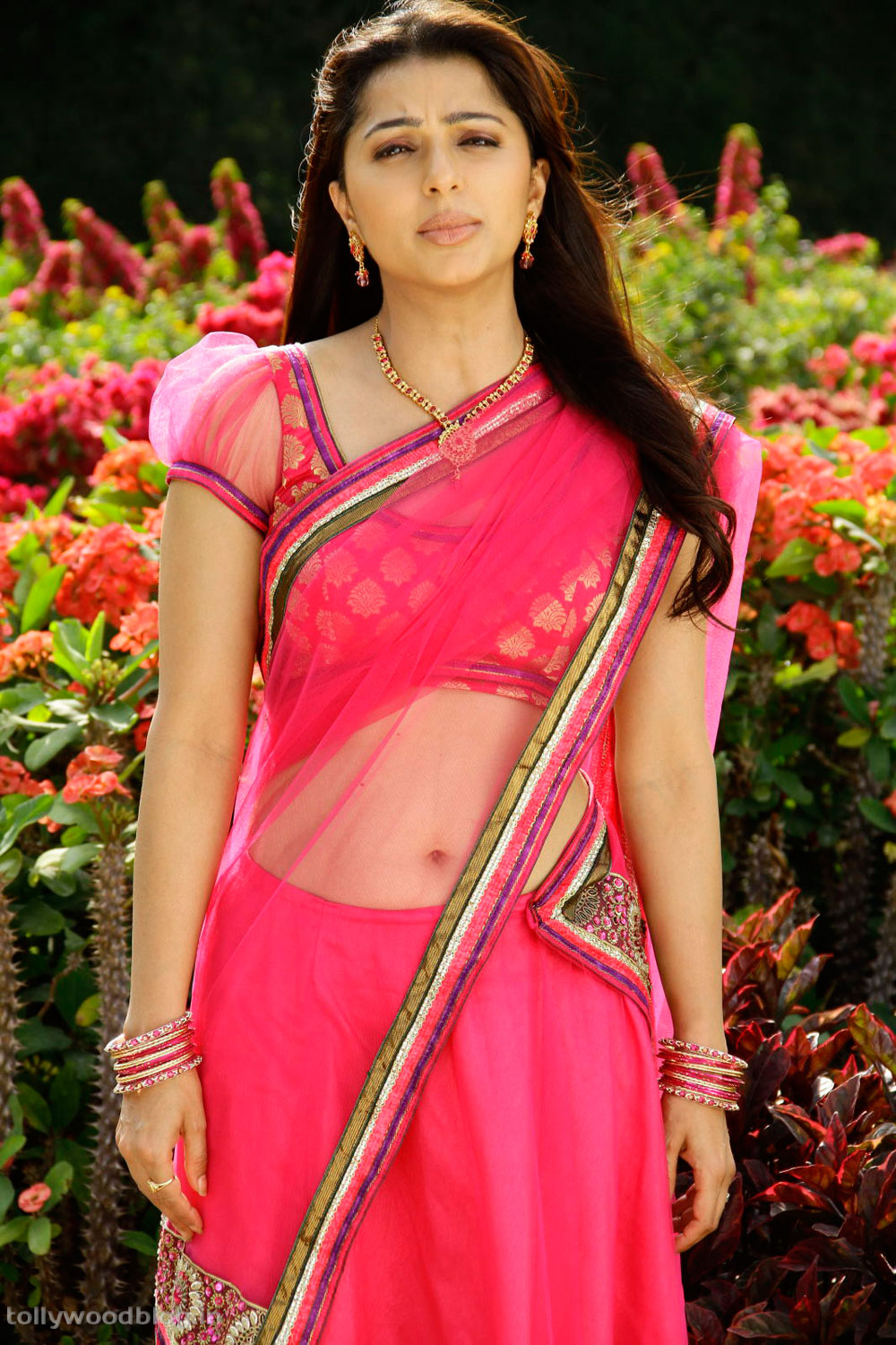 bhoomika photos from april fool movie