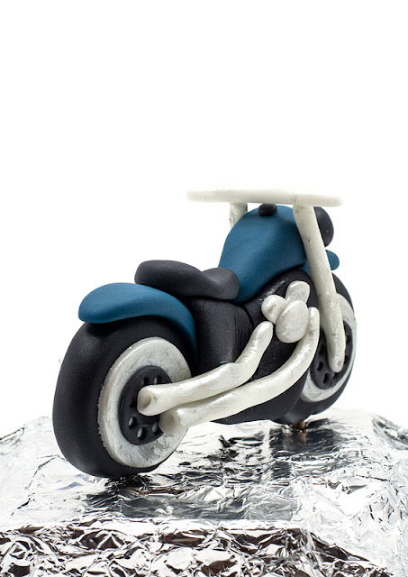Motor bike fondant topper back shot