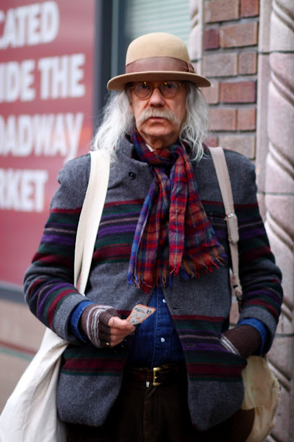 Layers mixed patterns seattle street style fashion it's my darlin' vintage hat scarf round glasses