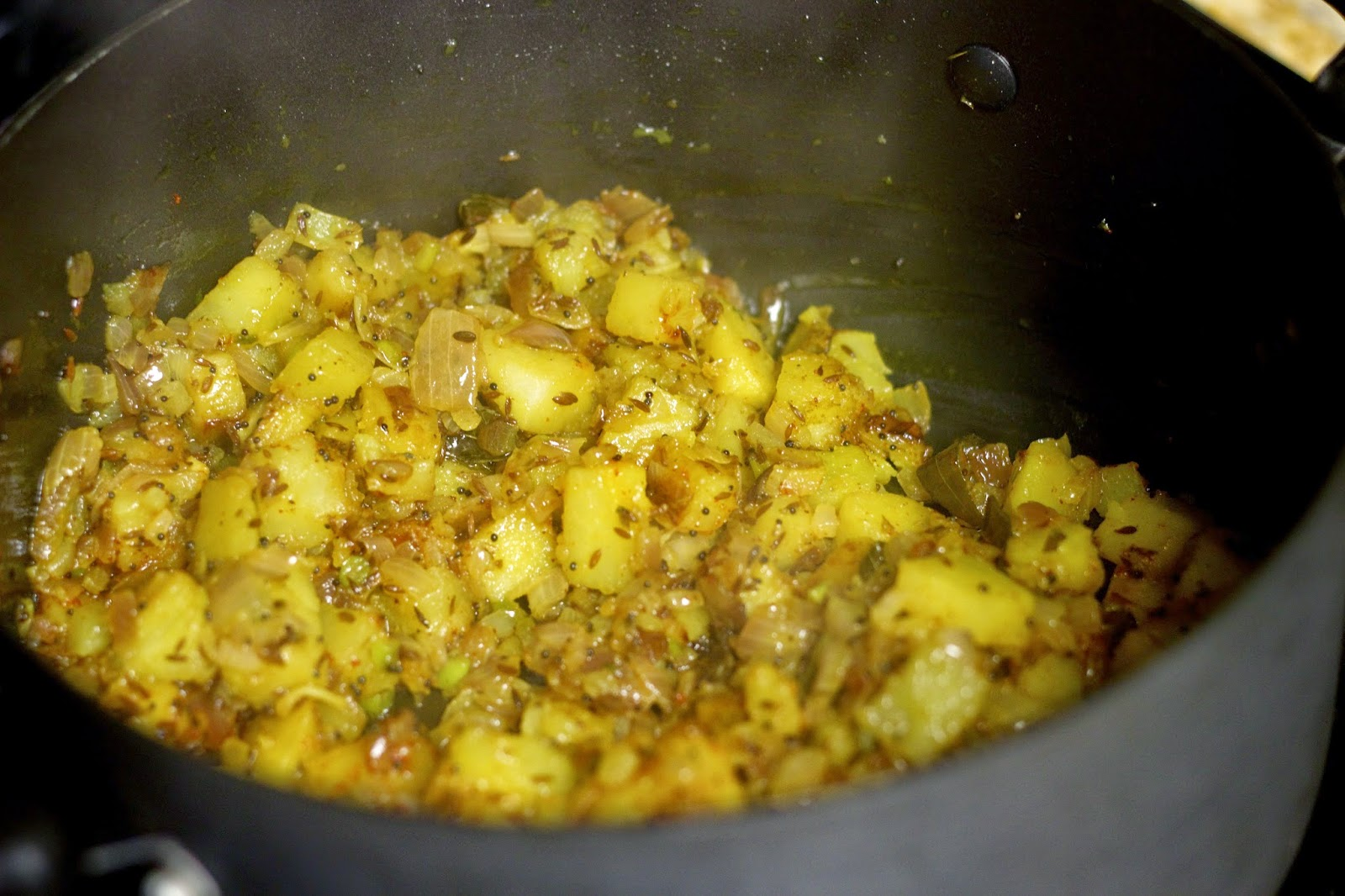 After Picture: Cooking Potatoes for Batata Poha / Pohe Vegetarian Vegan Batata / Potato Poha Indian Breakfast
