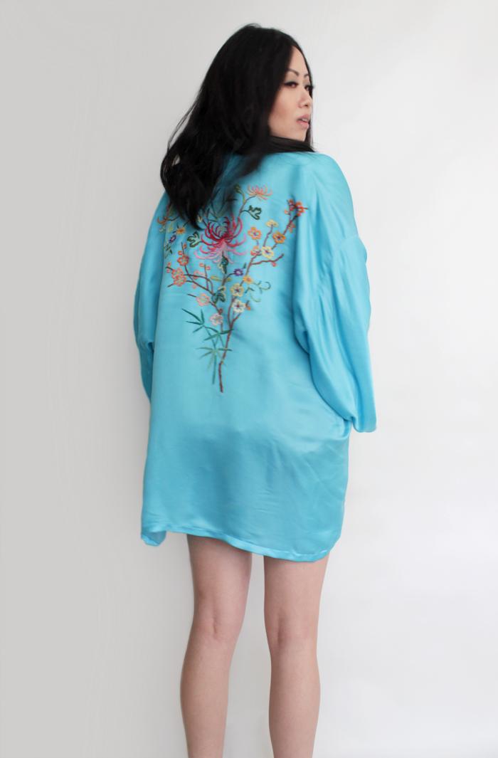 vintage clothing kimono