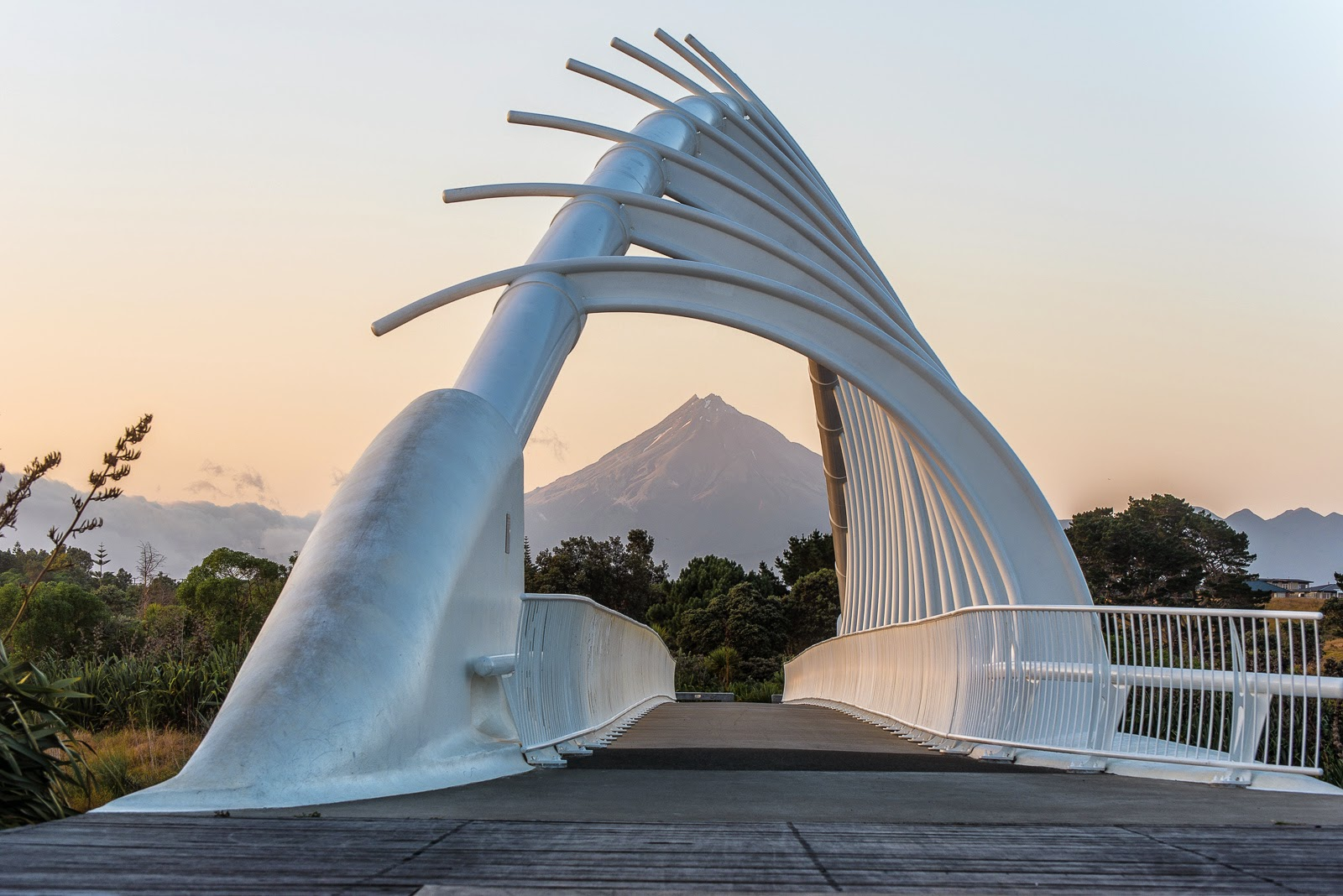 mt taranaki through te rewa rewa bridge