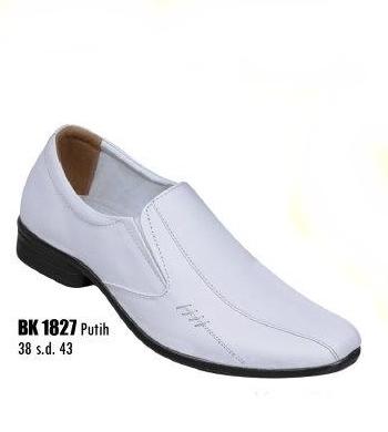 Sepatu pantofel pria RG3192