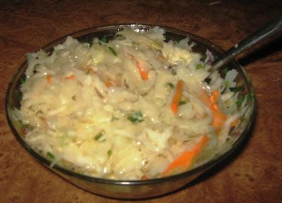 салат з квашеної капусти з морквою