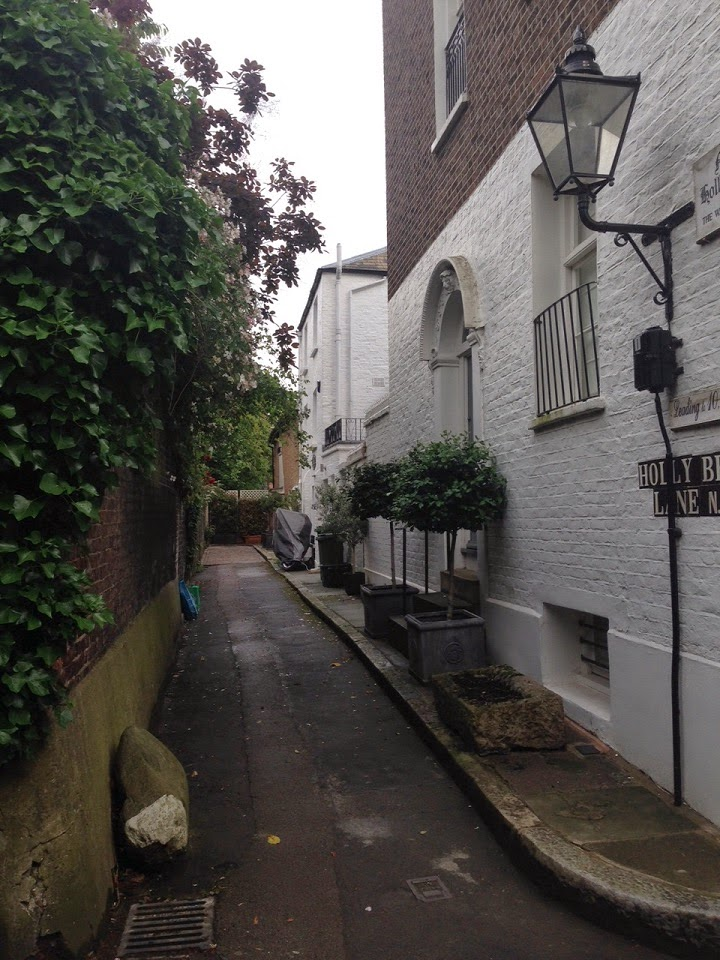 Holly Berry Lane, Hampstead, London NW3