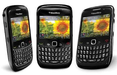 blackberry gemini 8520