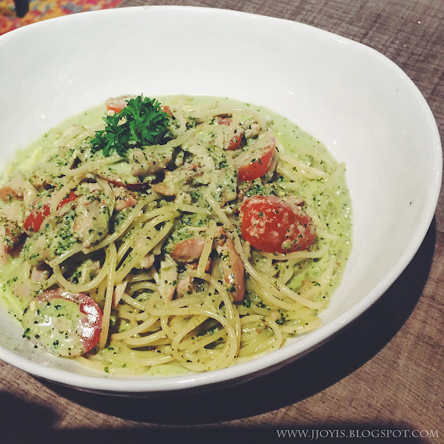 montana brew bar review pomo pesto chicken pasta