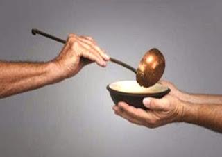 Donazione alla mensa dei poveri