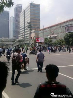 #PrayForJakarta | Kronologi 6 Ledakan dan Baku Tembak di Sarinah