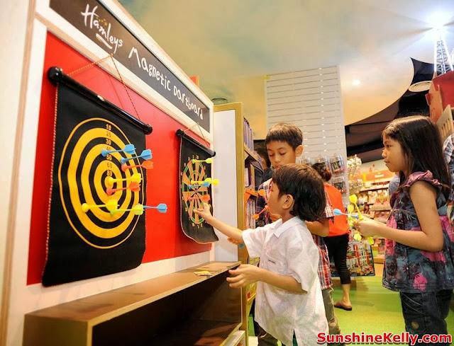 Hamleys Toy Shop In Malaysia , hamleys, toys store, toys, hamleys bear, dart games