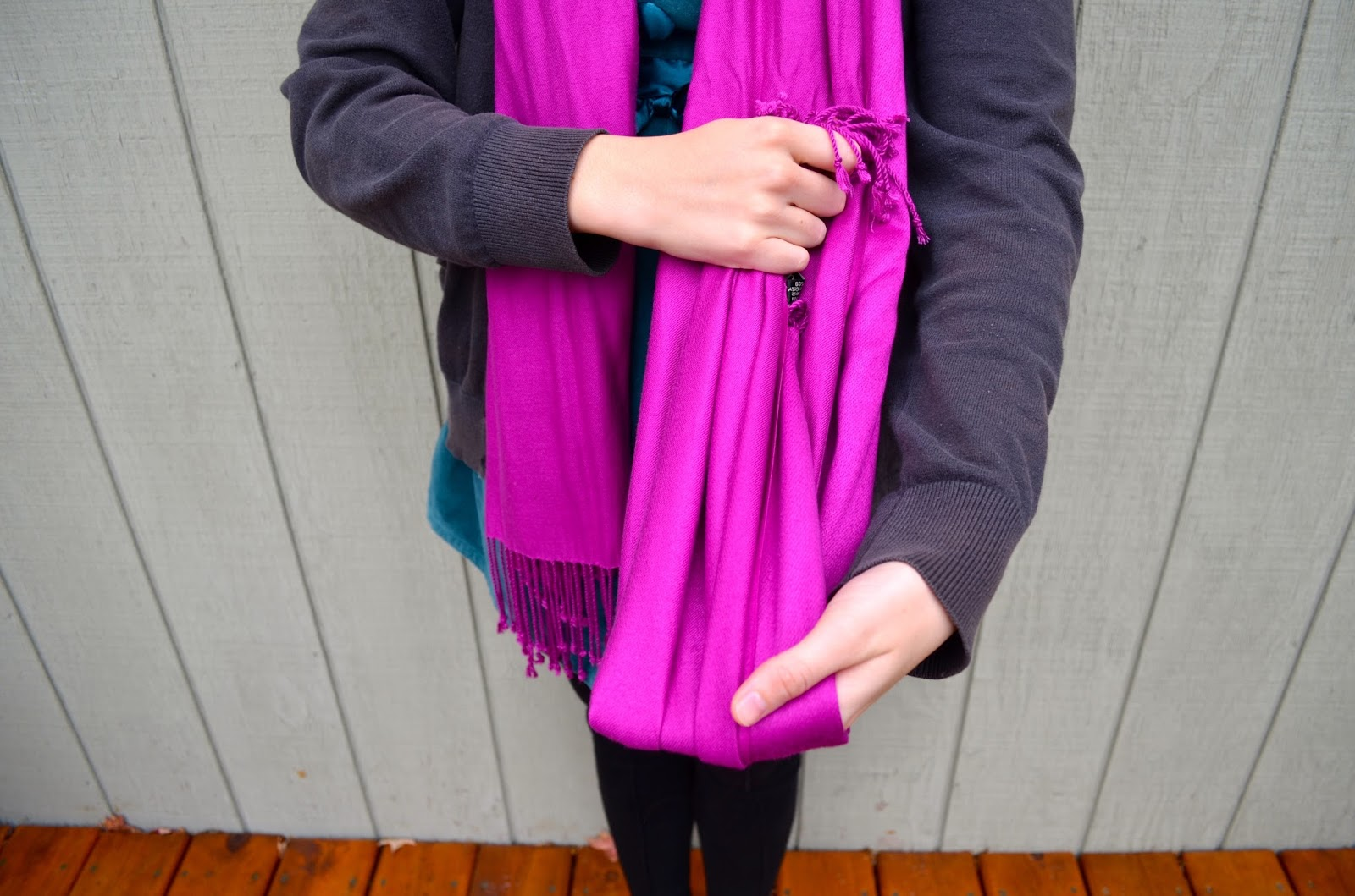 Holiday Bow Scarf Knot