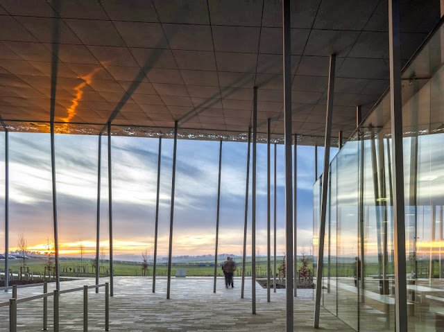 10-Stonehenge-Visitor-Centre-by-Denton-Corker-Marshall