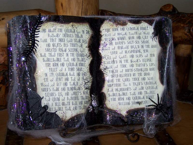 Mommy\'s Menu: DIY: Halloween Spell Book