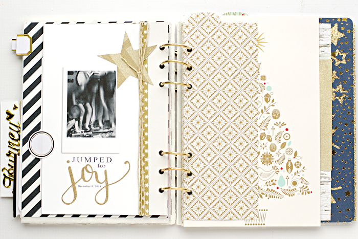 December Daily® hybrid scrapbook mini album | Day 8