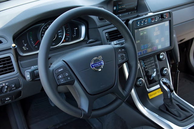Volvo XC70 Police car