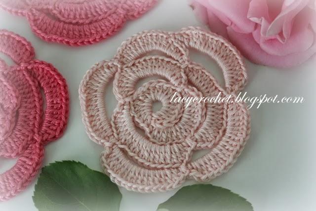 Free Crochet Rose Petal Pattern : Lacy Crochet: Crochet Rose Tutorial