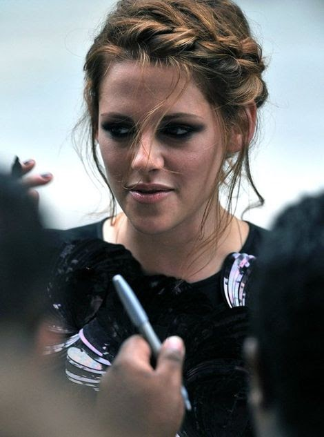 kristen Stewart Hairstyles, Long Hairstyle 2011, Hairstyle 2011, New Long Hairstyle 2011, Celebrity Long Hairstyles 2039